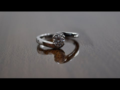 How much does it cost to buy a normal diamond engagement ring in new york - quora