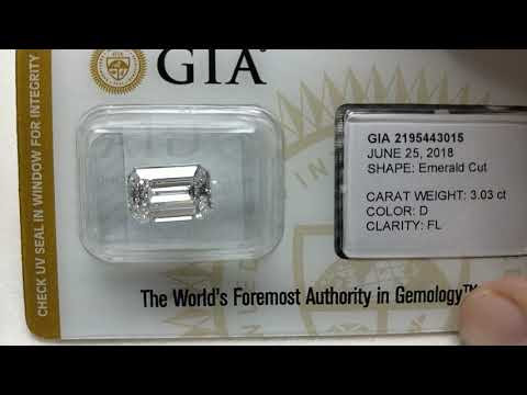 Flawless diamond of 3ct emerald shape d color sealed and certified by gia