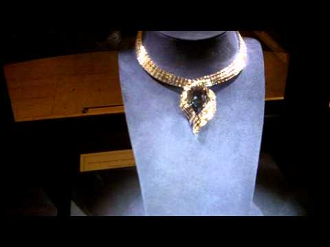 The hope diamond at the smithsonian national museum of natural history