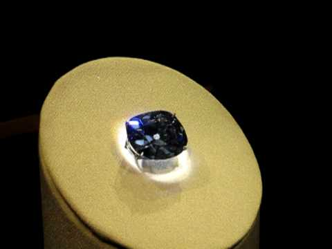 Hope diamond at the smithsonian natural history museum