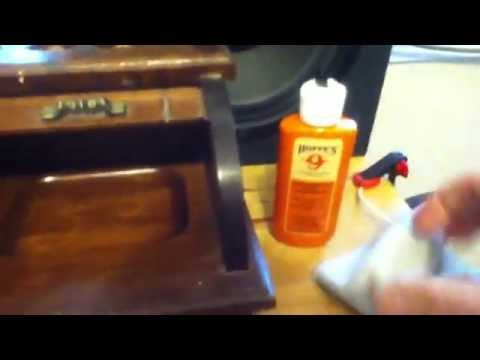 Wood jewelry box oil cleaning