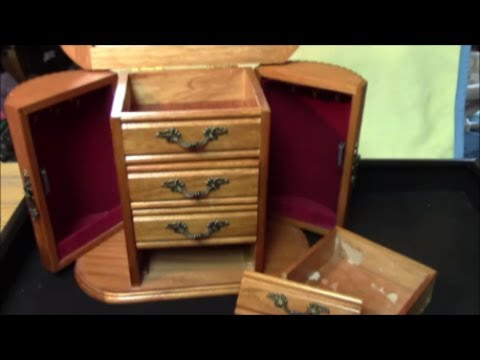 Trash to treasure -episode 1: old jewelry box makeover / how to restore