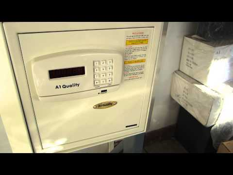 Open a1 quality hotel room wall safe low battery lock out key
